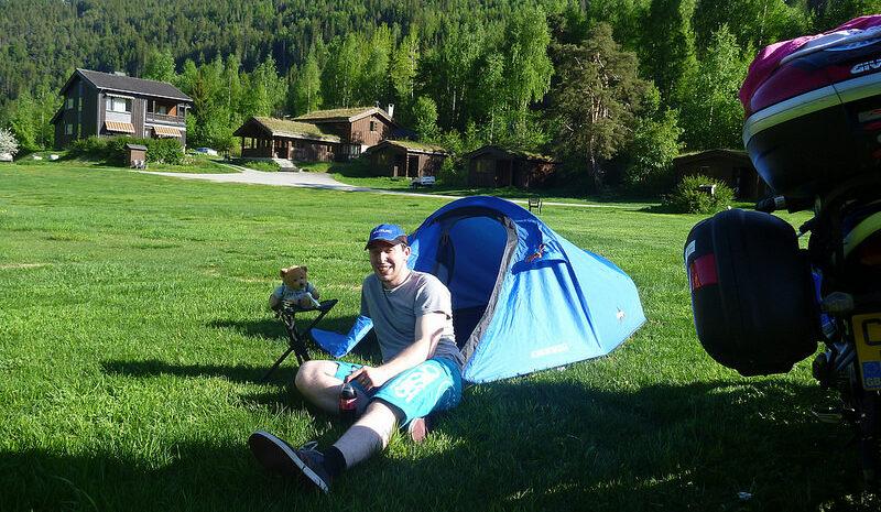 gordon-with-tent