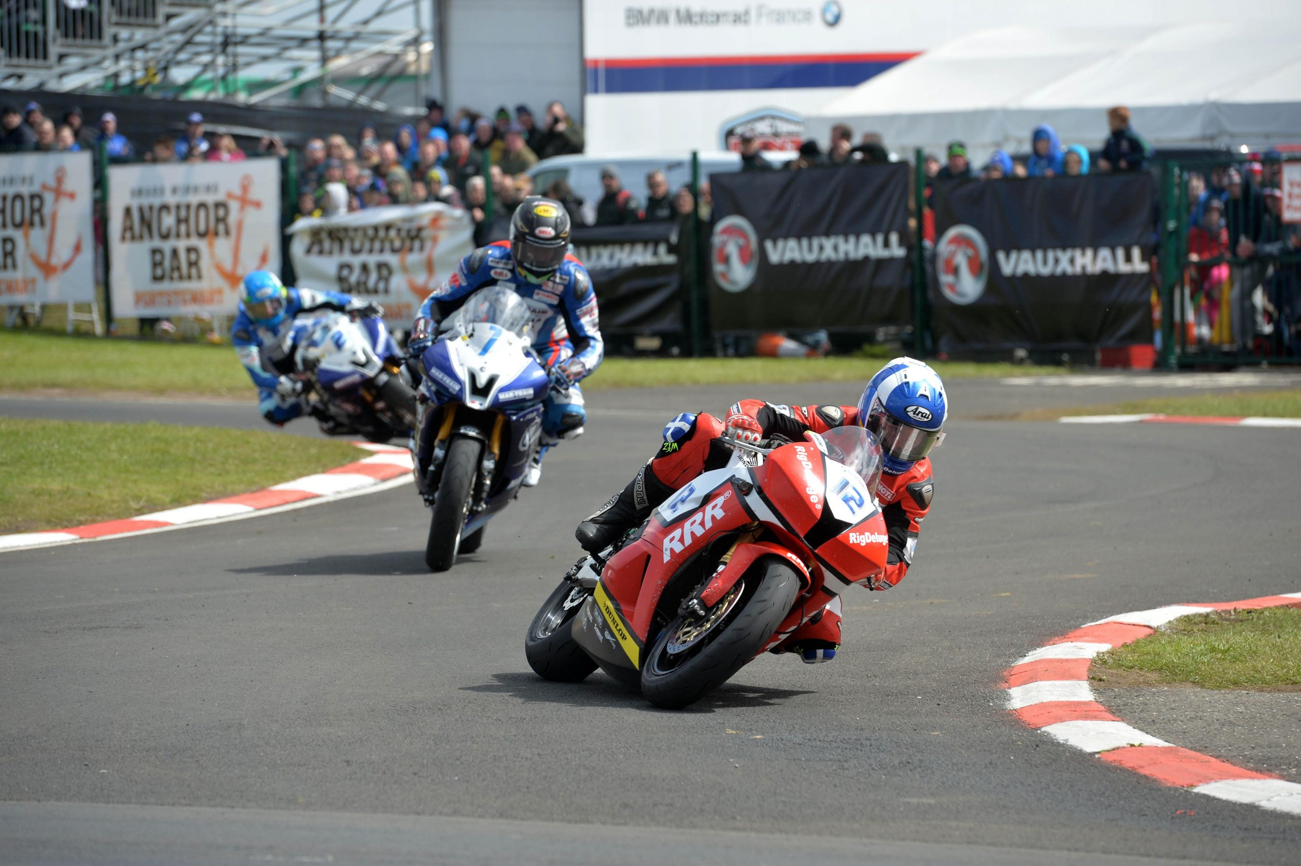 Keith Amor leads Gary Johnson and Dean Harrison during NW200