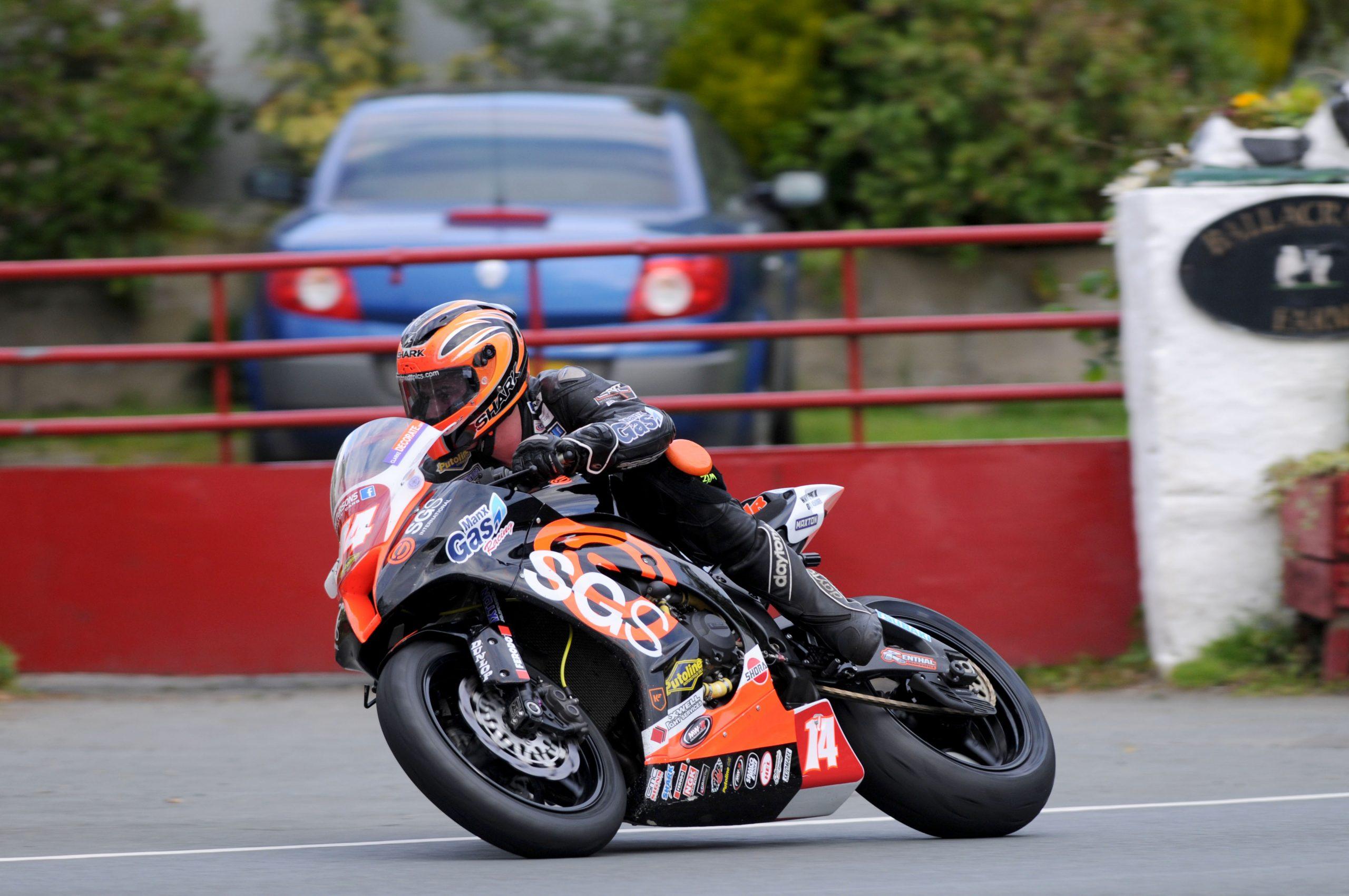 Ryan Farquhar on the SGS/Manx Gas KMR Kawasaki