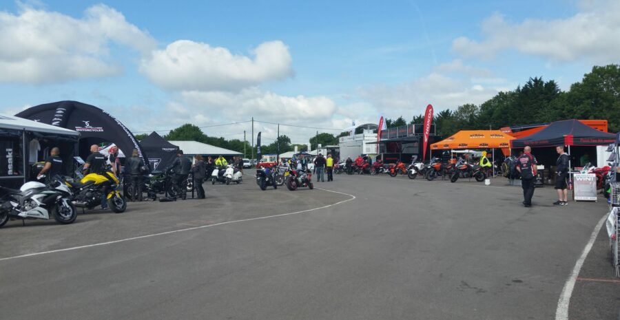Dealers and trade stands