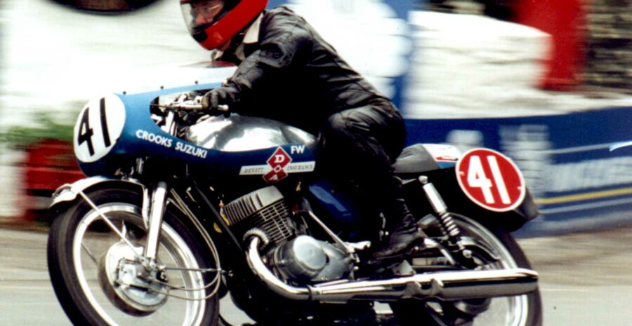 Frank Whiteway lap of honour 2002
