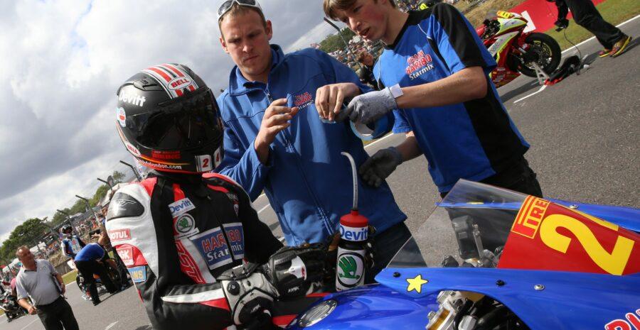 R06 Brands Hatch Jordan Gilbert 19-07-15 012