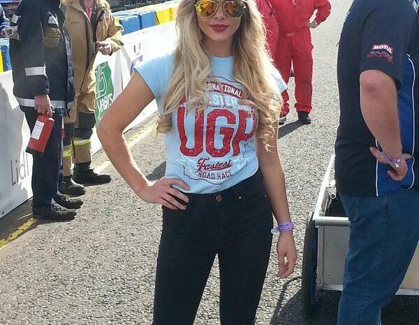 Ulster-GP-grid-girl-2