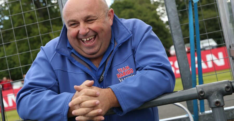 R09 Oulton Park Jordan Gilbert 05-09-15 001