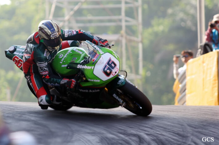 John McGuinness taking on the Melco, 2007