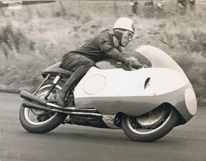 Geoff Duke on the Gilera 500