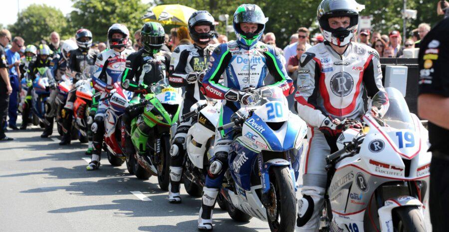 Ivan Lintin in line to race image credit Stephen Davison, Pacemaker Press International