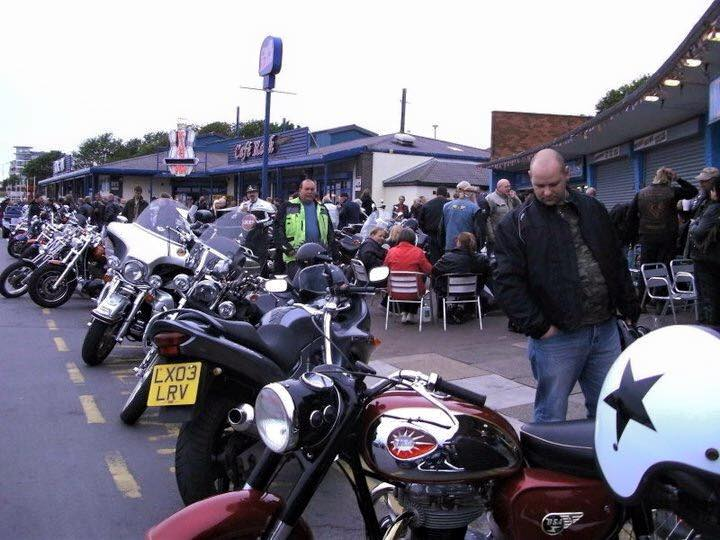 Hawaiian Eye busy bike night credit FB