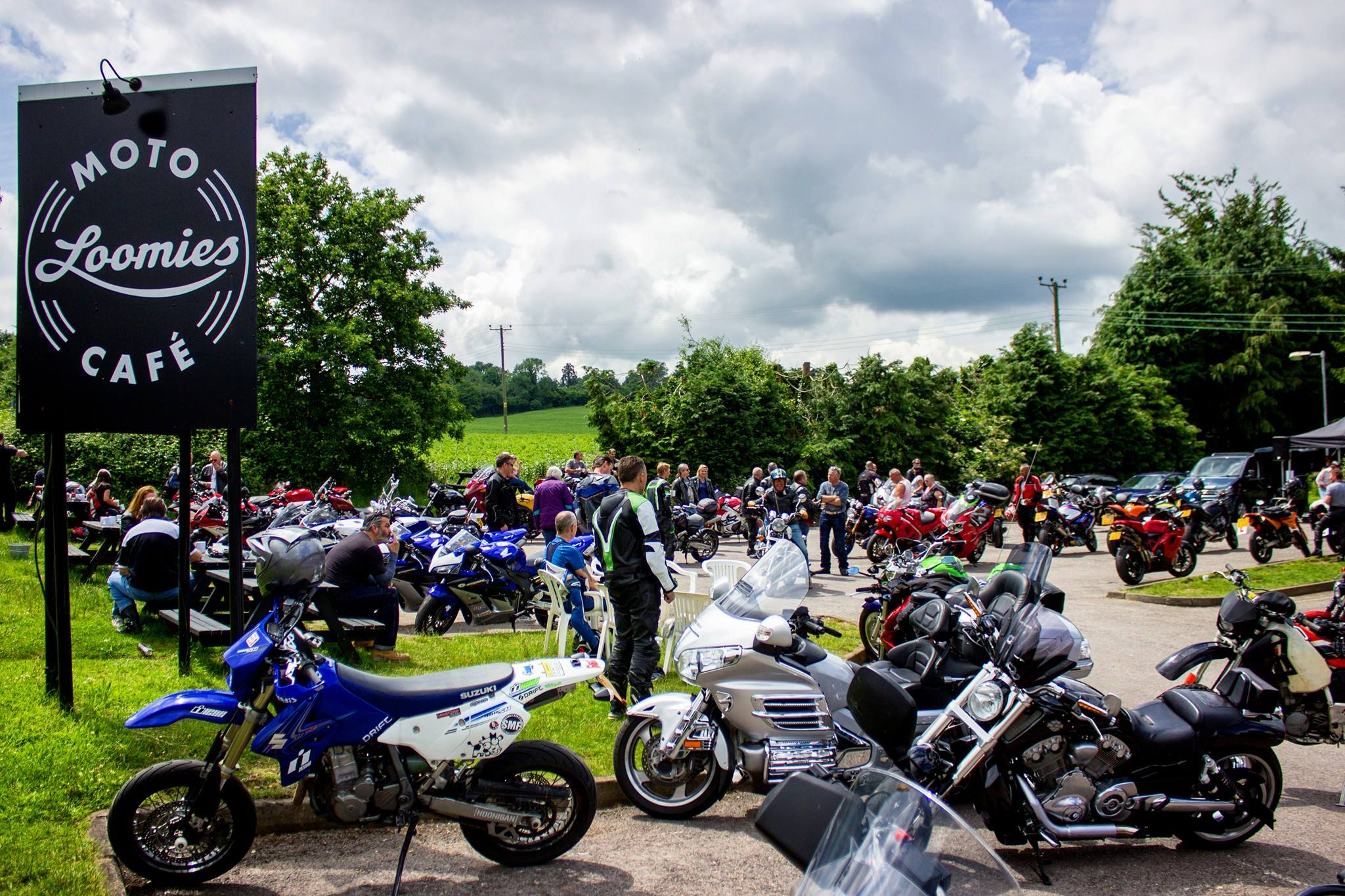 Loomies Moto Cafe busy car park credit official loomies FB