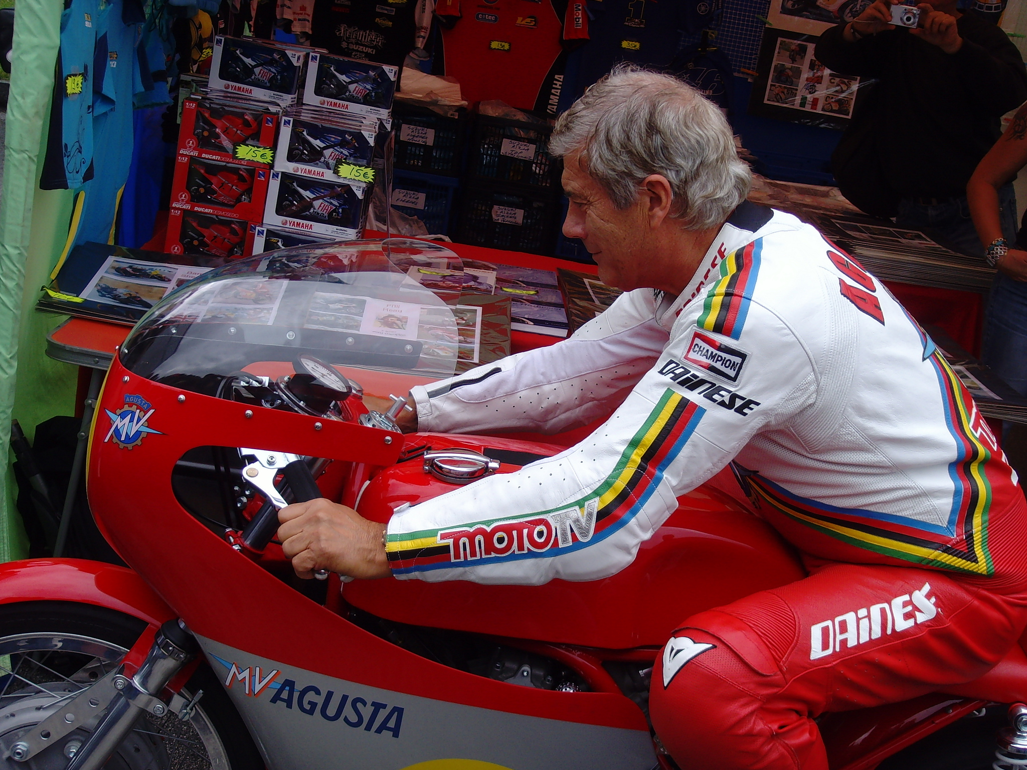 Giacomo Agostini image credit Klaus Nahr on flickr.jpg