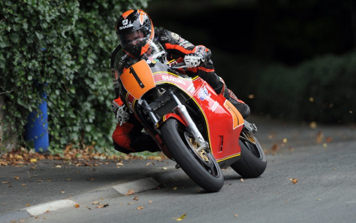 PACEMAKER, BELFAST, 2/9/2011: Ryan Farquhar (Winfield Suzuki) exits Governor's Dip on his way to winning the Classic Superbike race at the Manx Grand Prix in the Isle of Man today. It was Ryan's third win of the week and his ninth MGP win. PICTURE BY STEPHEN DAVISON