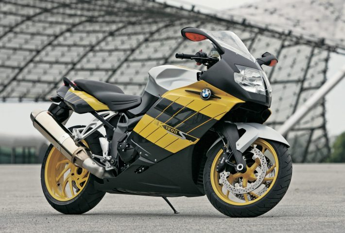Bmw K1200s Review Bmw Bike Reviews Devitt