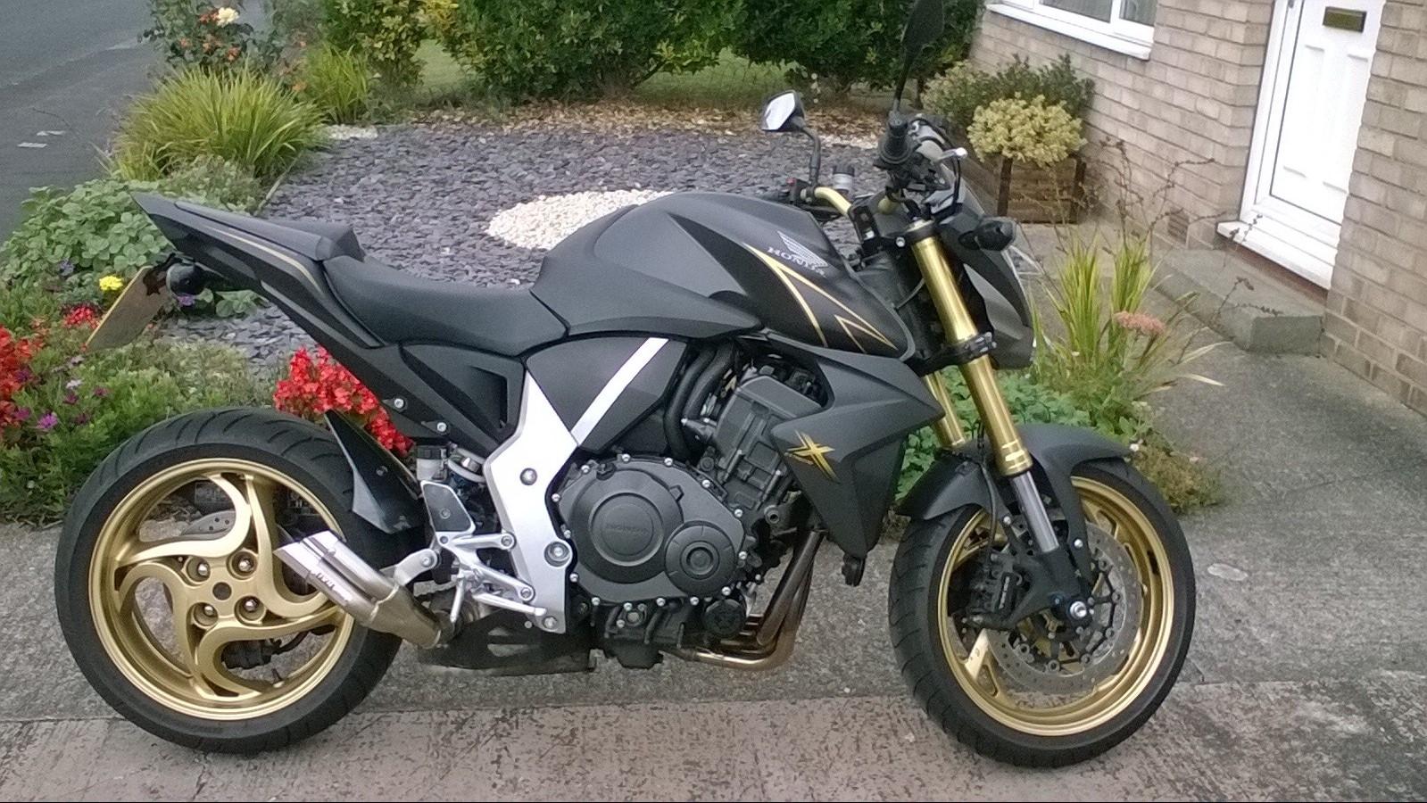 CB10 Andy – Honda CB1000R