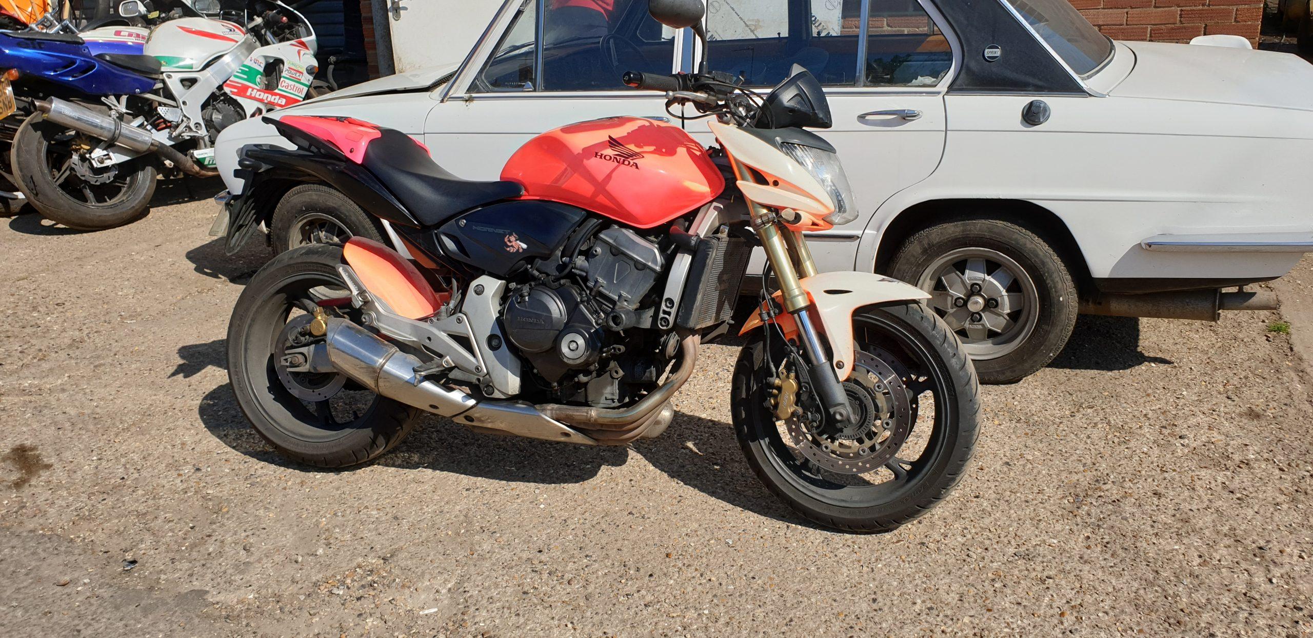 Honda CB600F Hornet – Pam