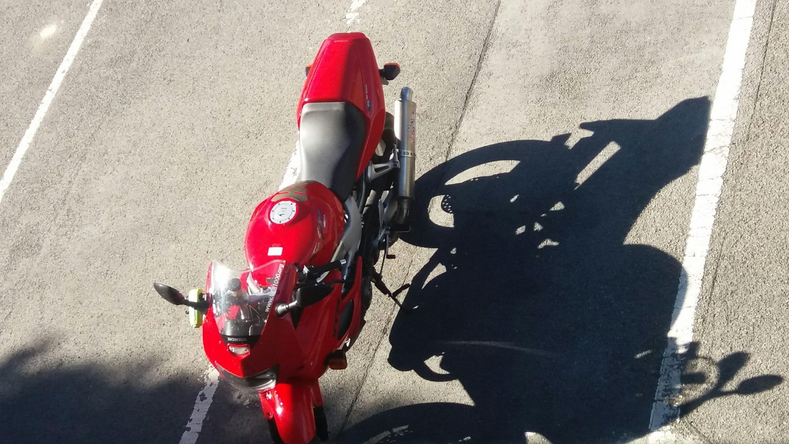 Honda VTR1000 Firestorm – Leepy 1