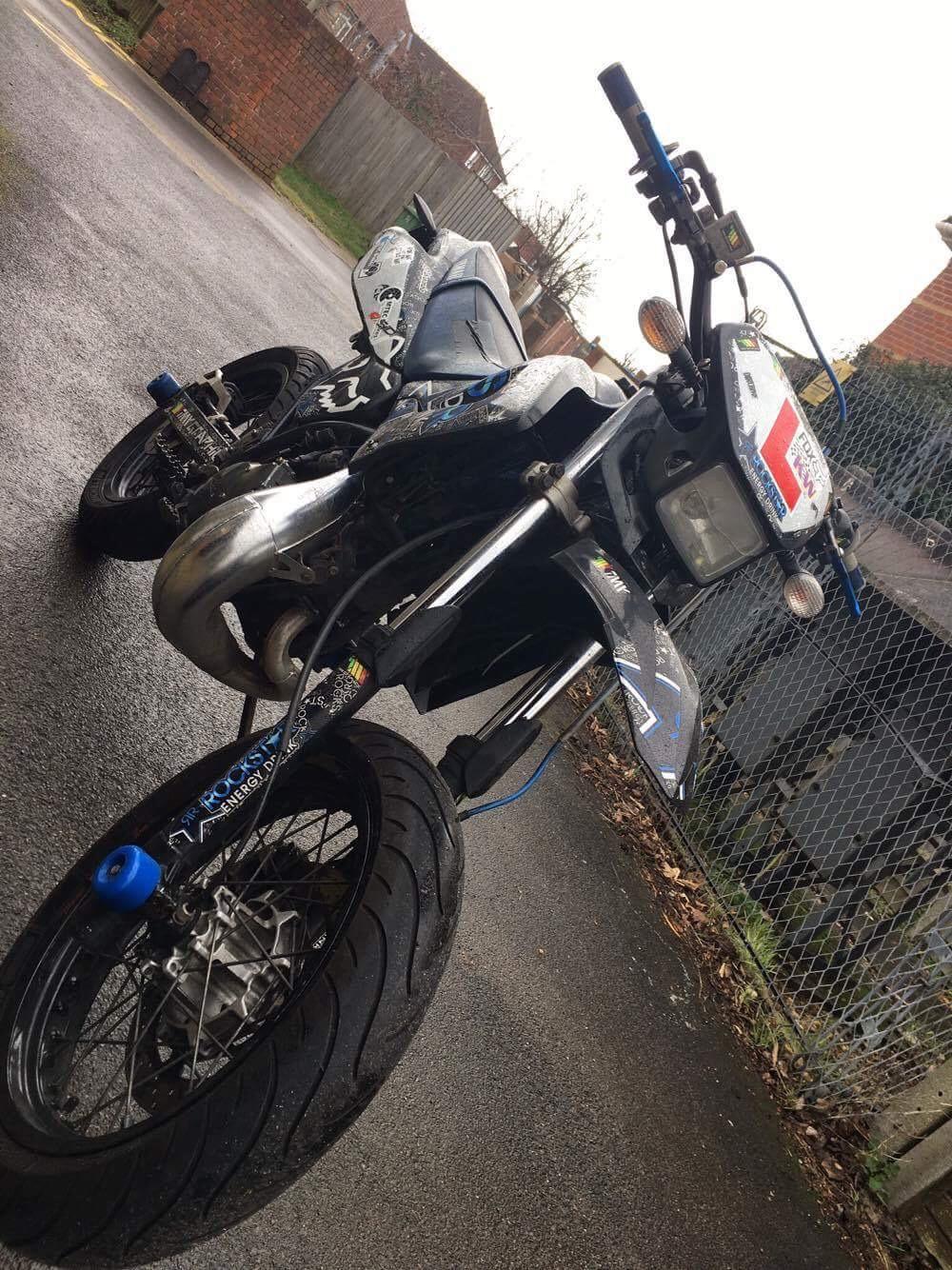 Karl West – Yamaha DT125X