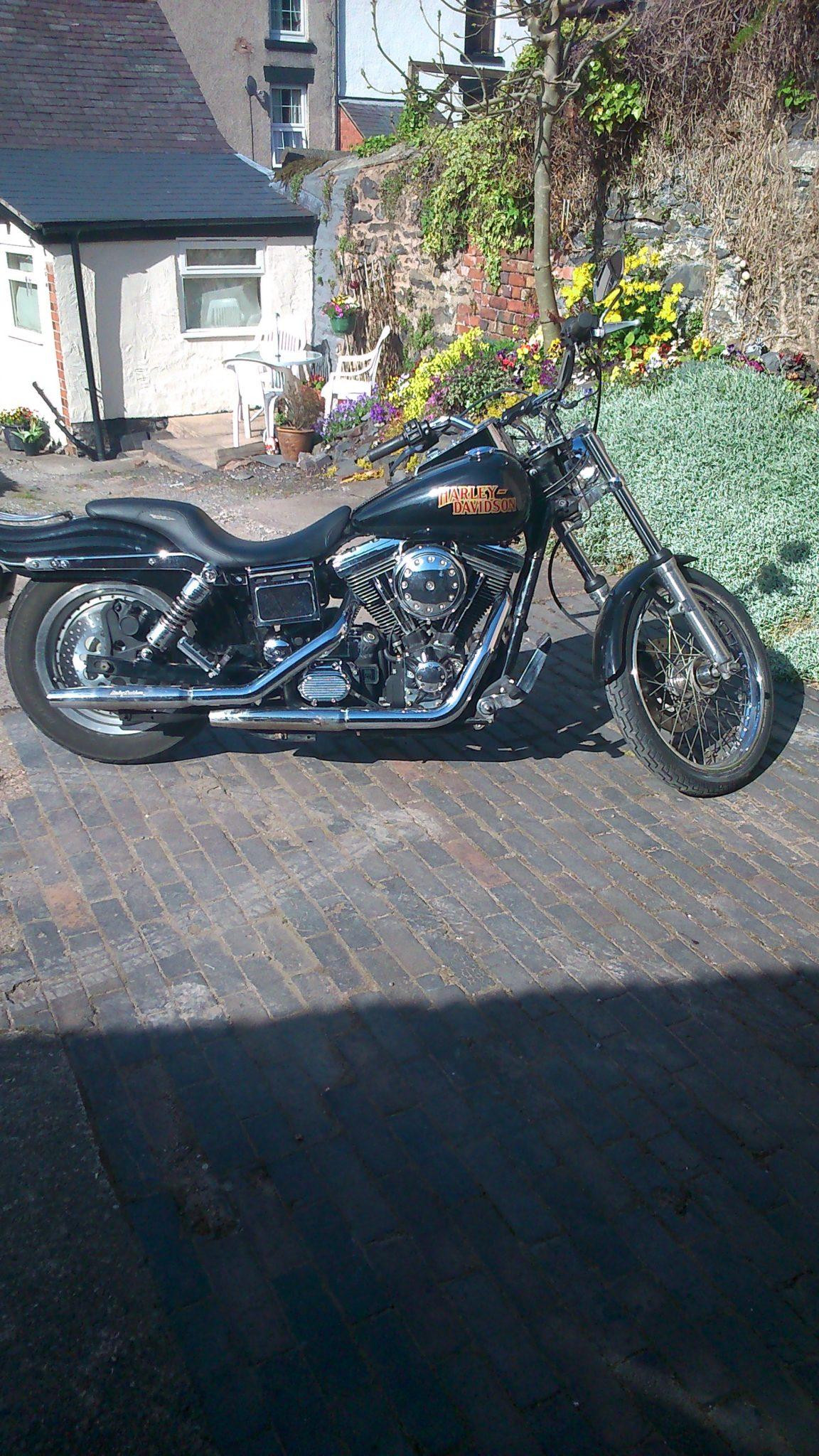 Ken Chennells – Harley-Davidson Dyna Glide