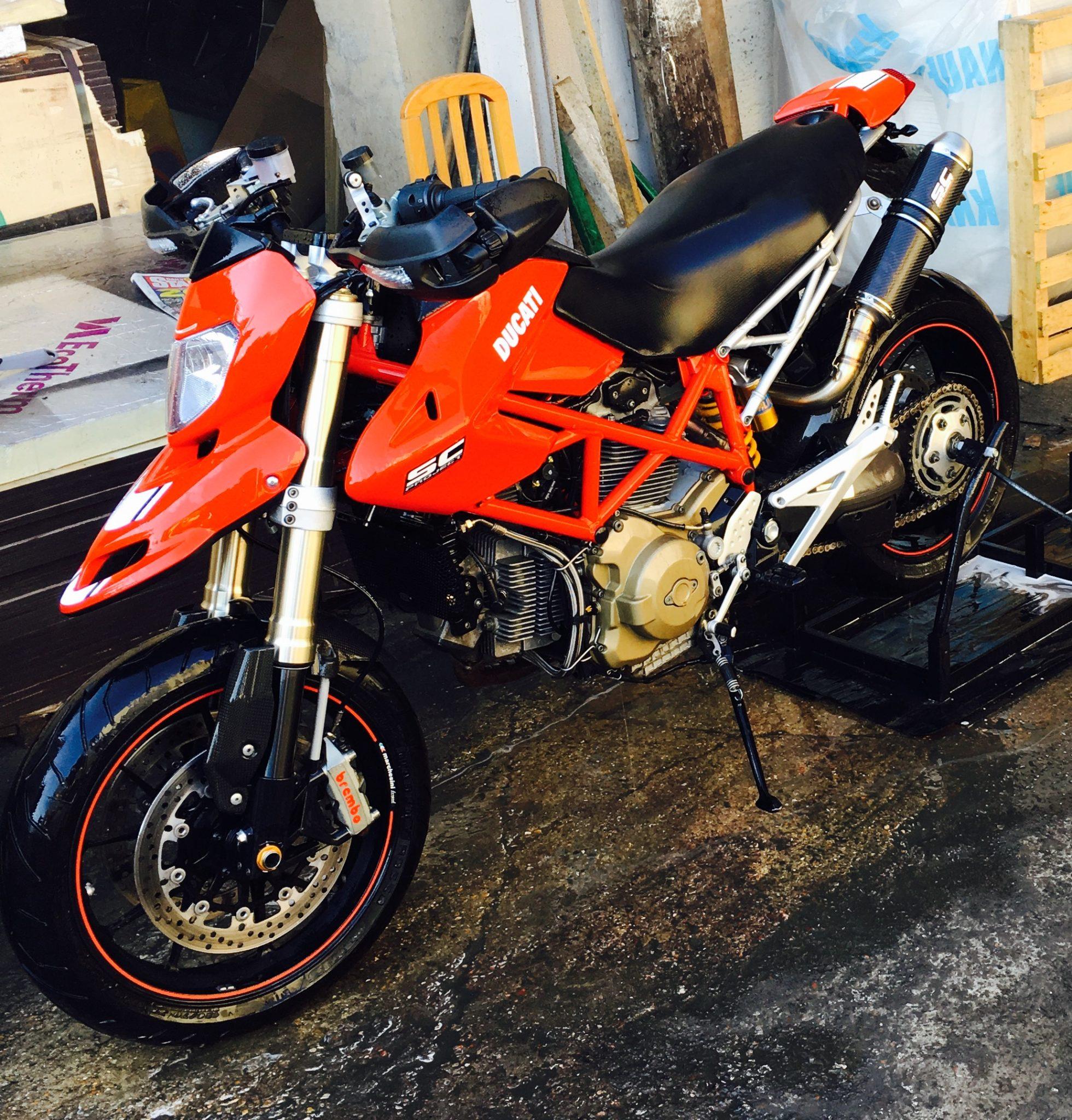 Marcin – Ducati Hypermotard 1100 2