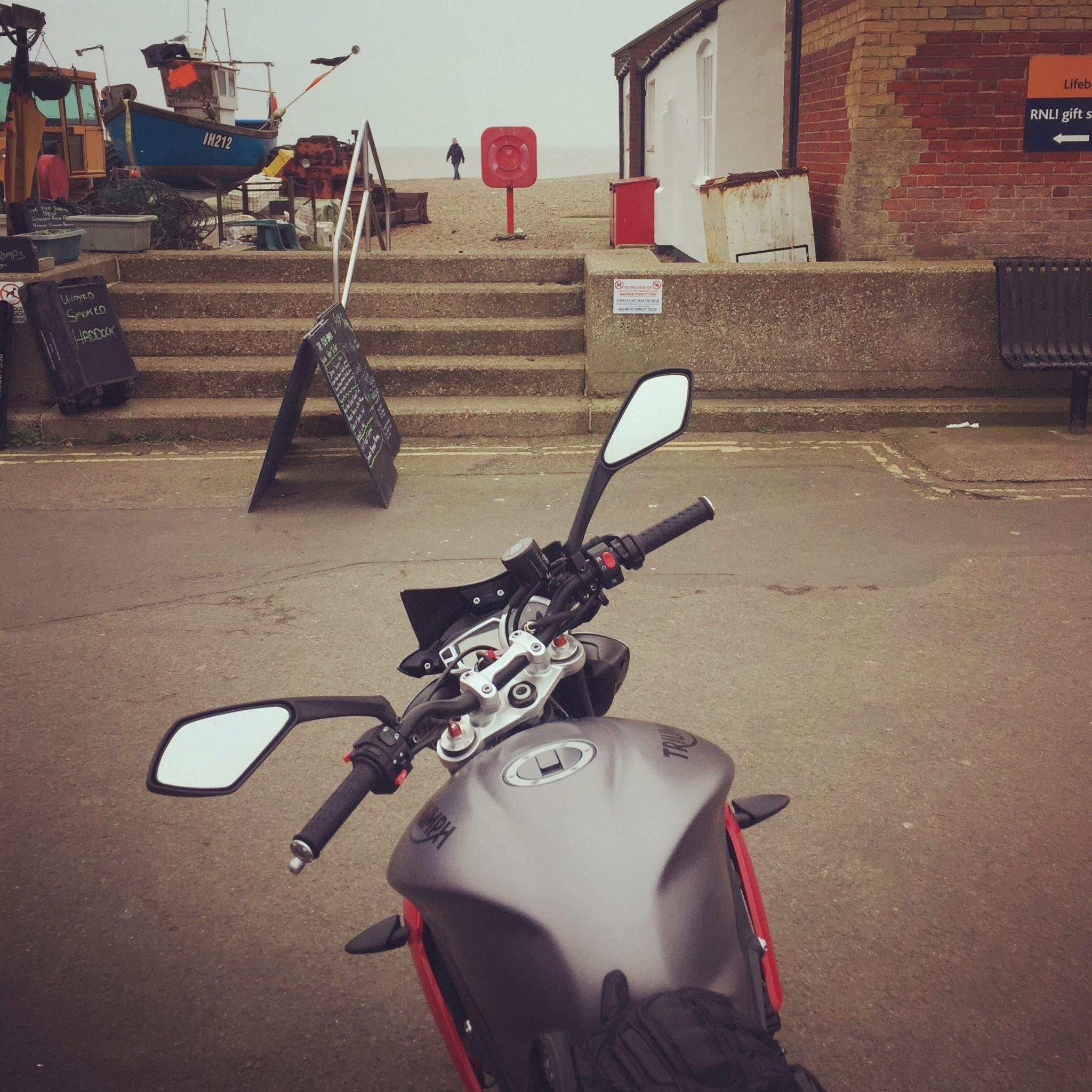 Paul Groves – Triumph Street Triple R 2