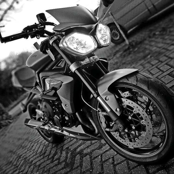 Paul Holloway – Triumph Street Triple R