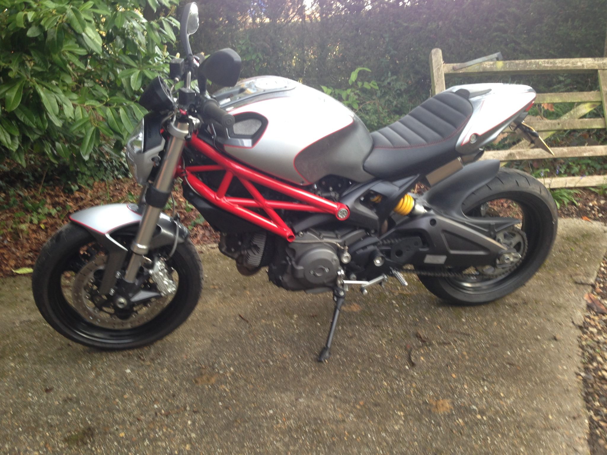 Peter Bevan – Ducati Monster 696
