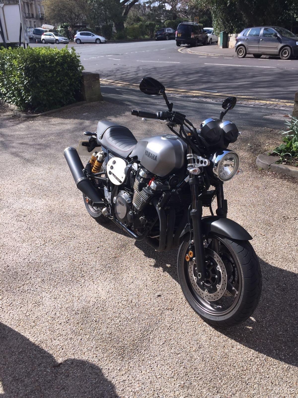 Simon Blackburn – Yamaha XJR1300