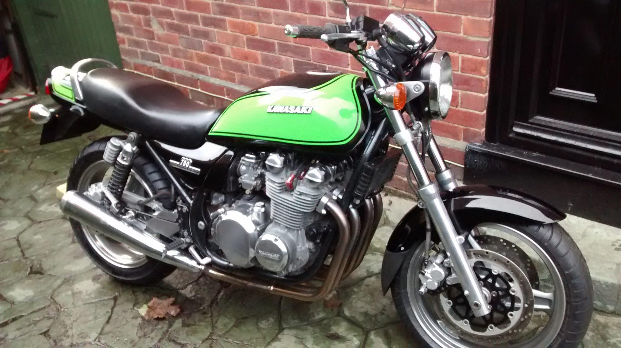 Stuart Knight – Kawasaki ZEPHYR 750