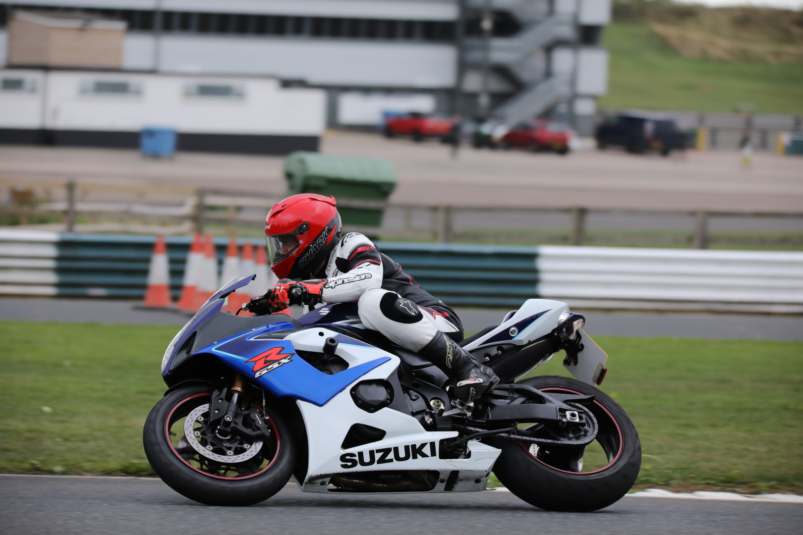 Suzuki GSX R1000 – Phil Harris 4