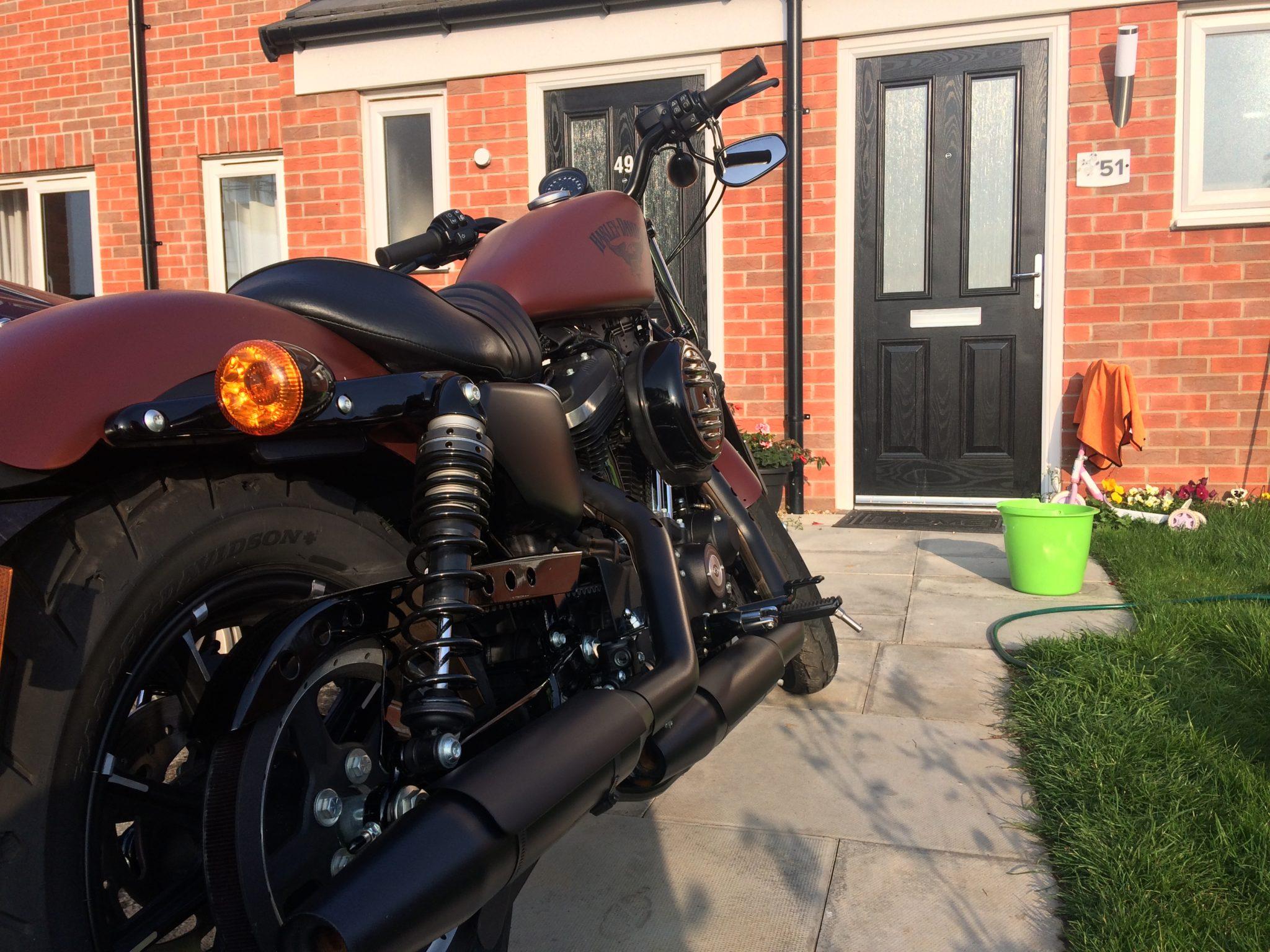 Tom – Harley-Davidson Sportster 883