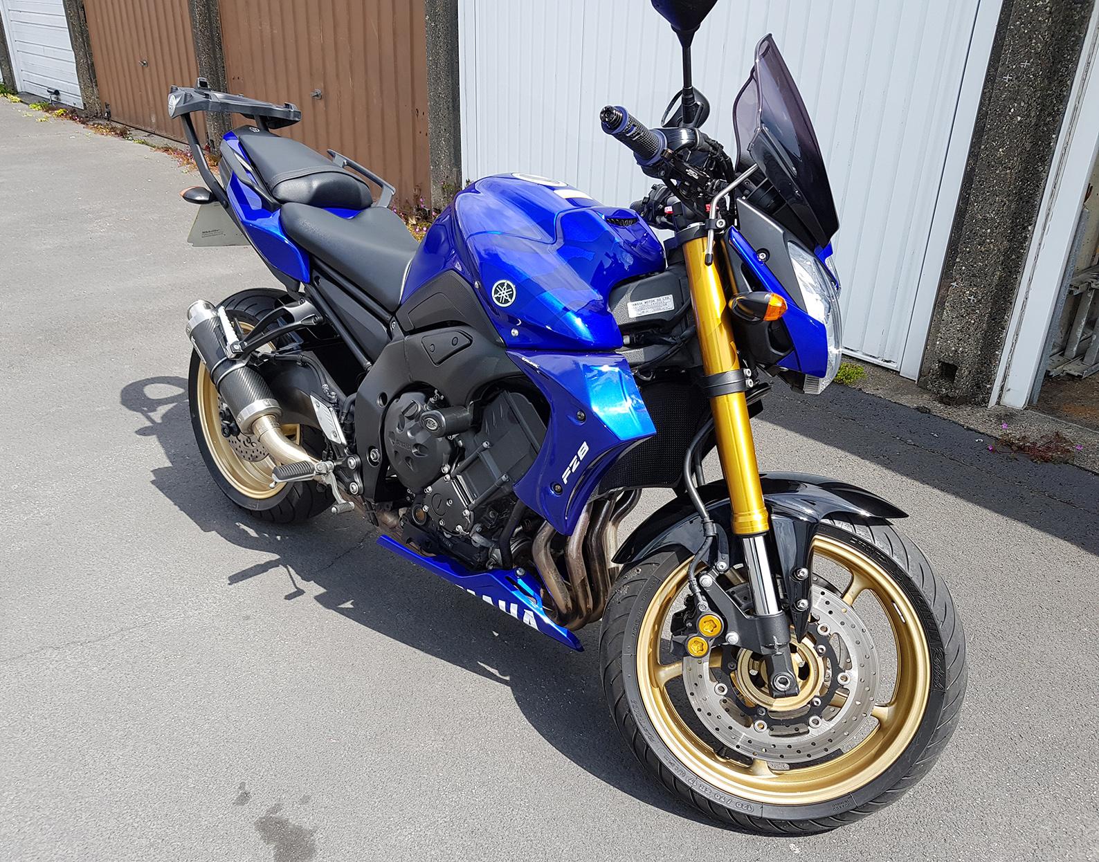 Yamaha FZ8 – Rob 4