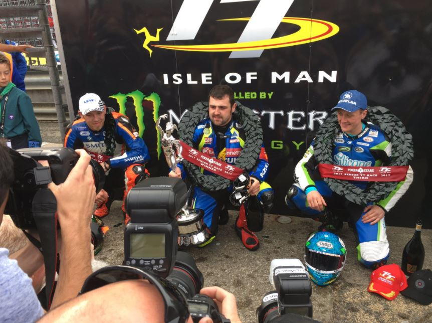 Michael Dunlop wins the Senior TT 2017 image credit Paul Pigott Twitter