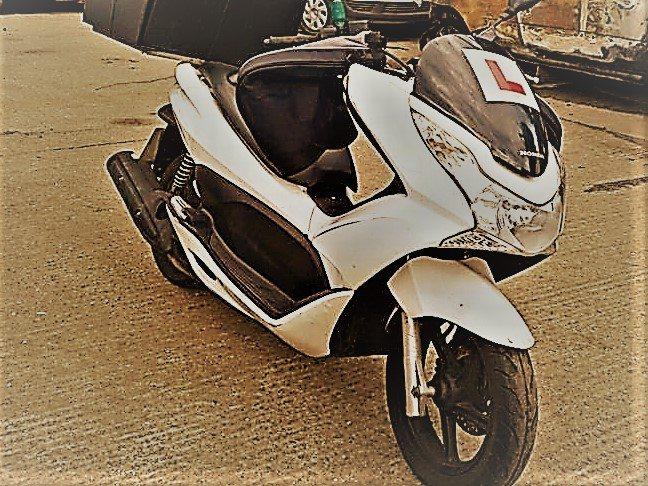 Mindaugas – Honda PCX125