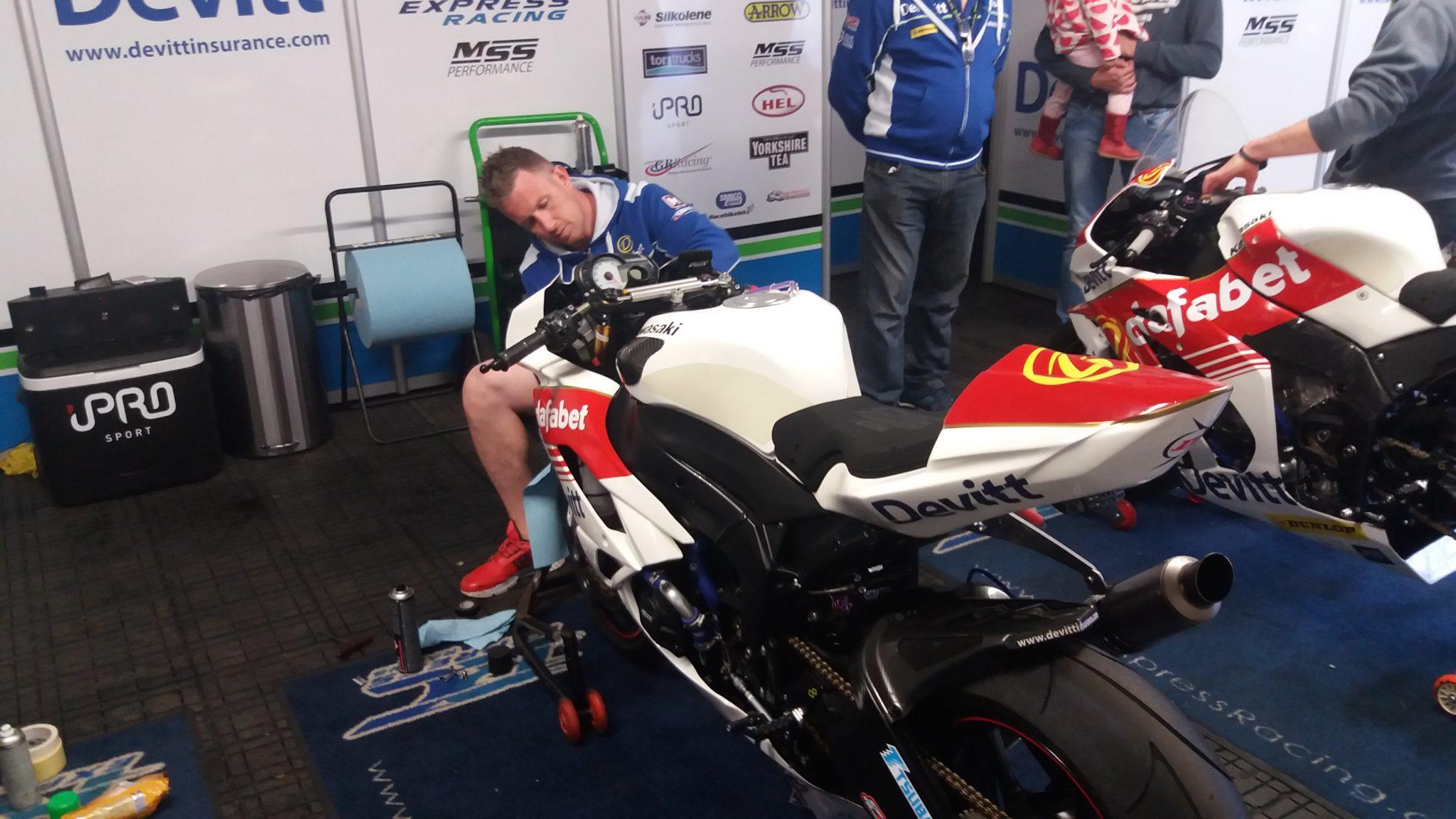 TT image credit Dafabet Devitt Racing