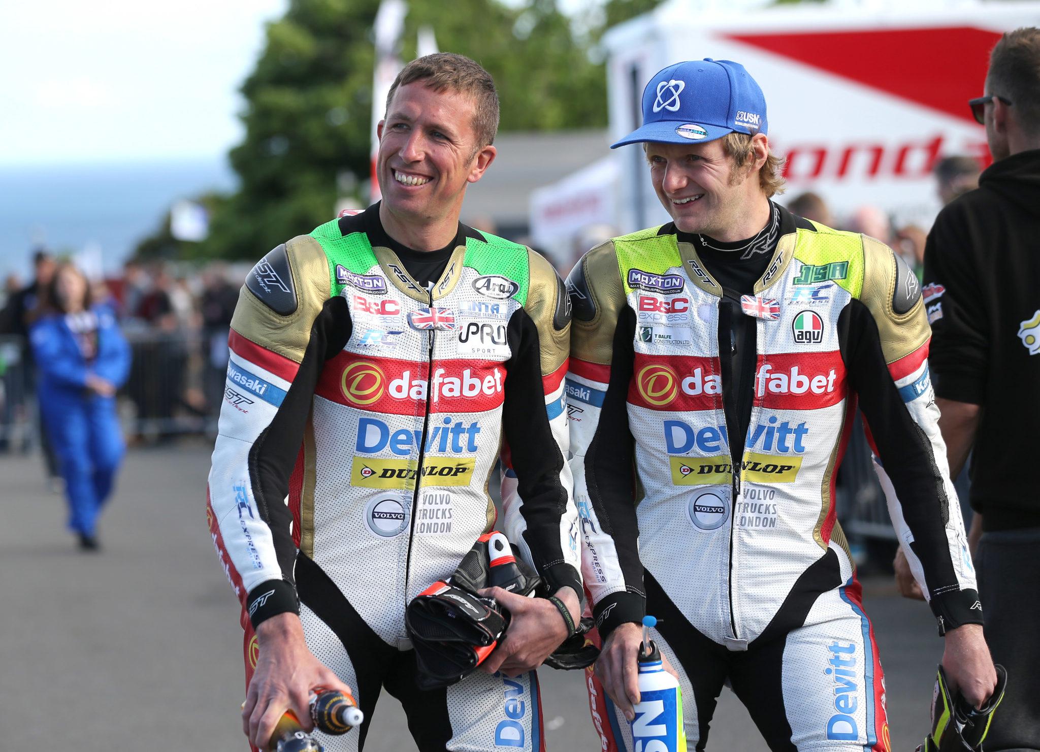 Teammates Steve Mercer and Ivan Lintin iomtt 2017 image credit Dafabet Devitt Racing