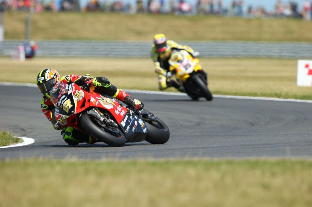 Byrne holds off Brookes for Snetterton double image credit @MCNSport Twitter
