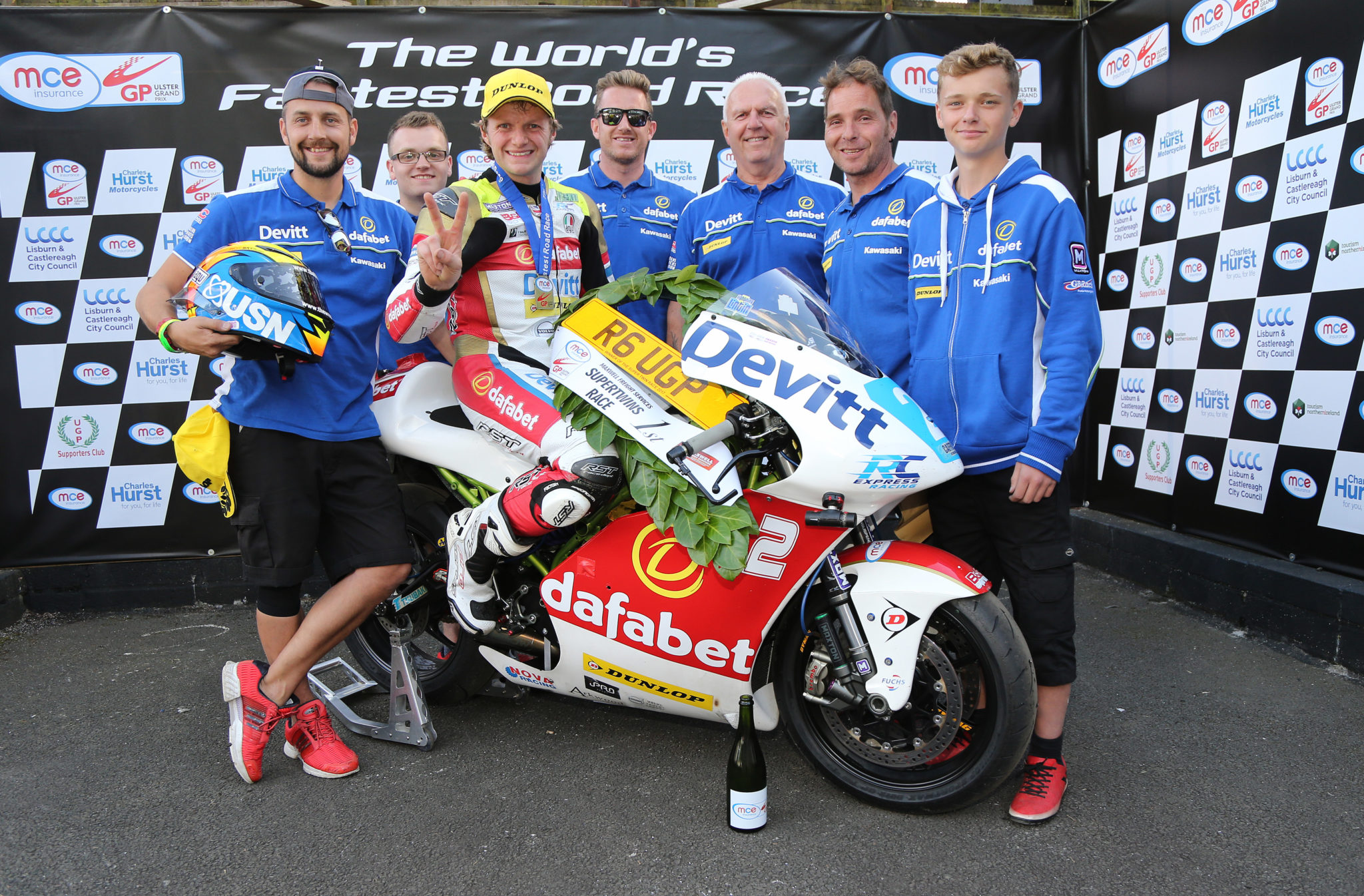 Dafabet Devitt Racing celebrate their Supertwin victory image credit Pacemaker Press International