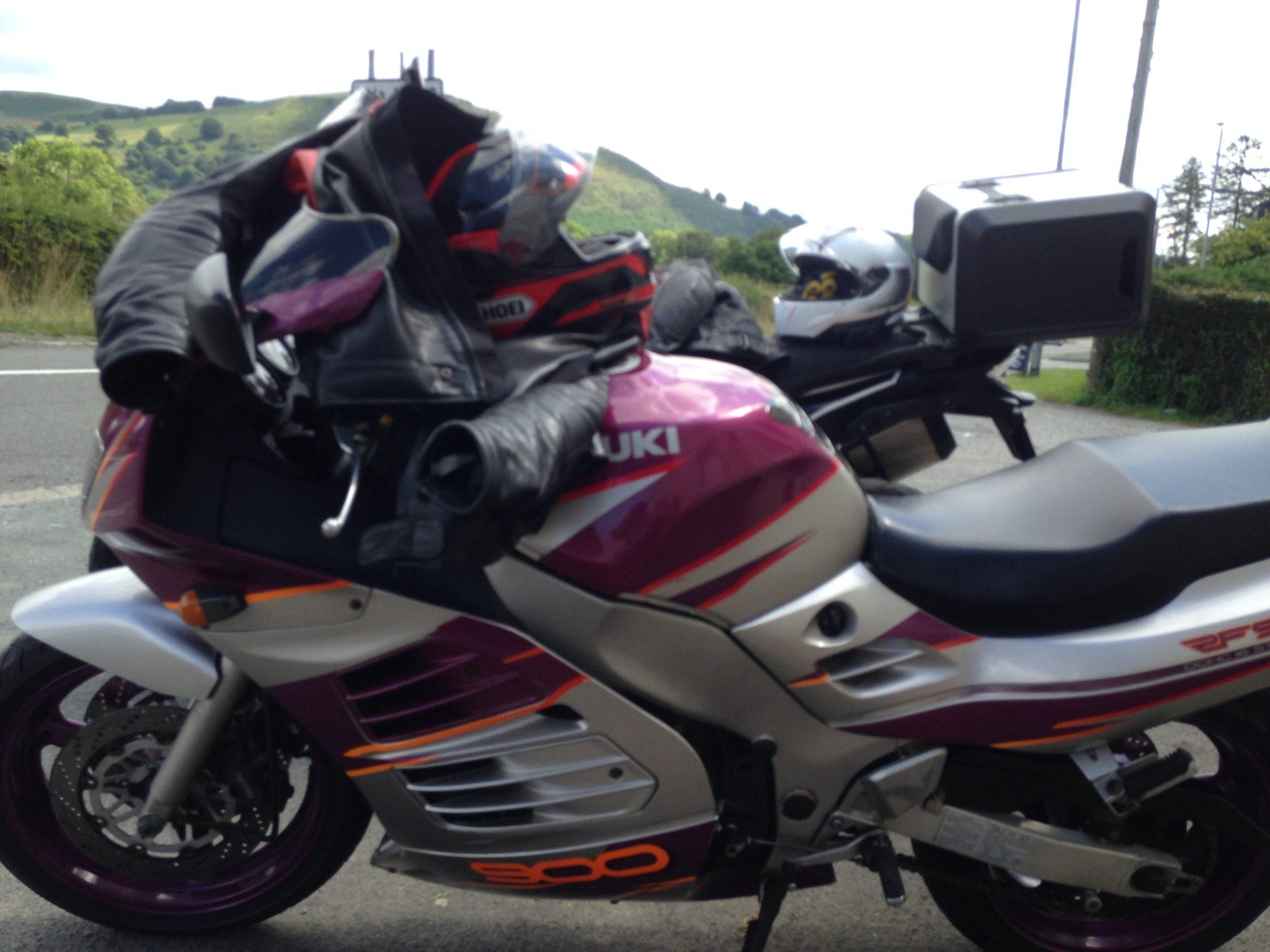Lucinda Roberts – Suzuki RF900