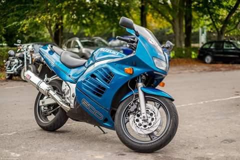 Ron – Suzuki RF600 (2)