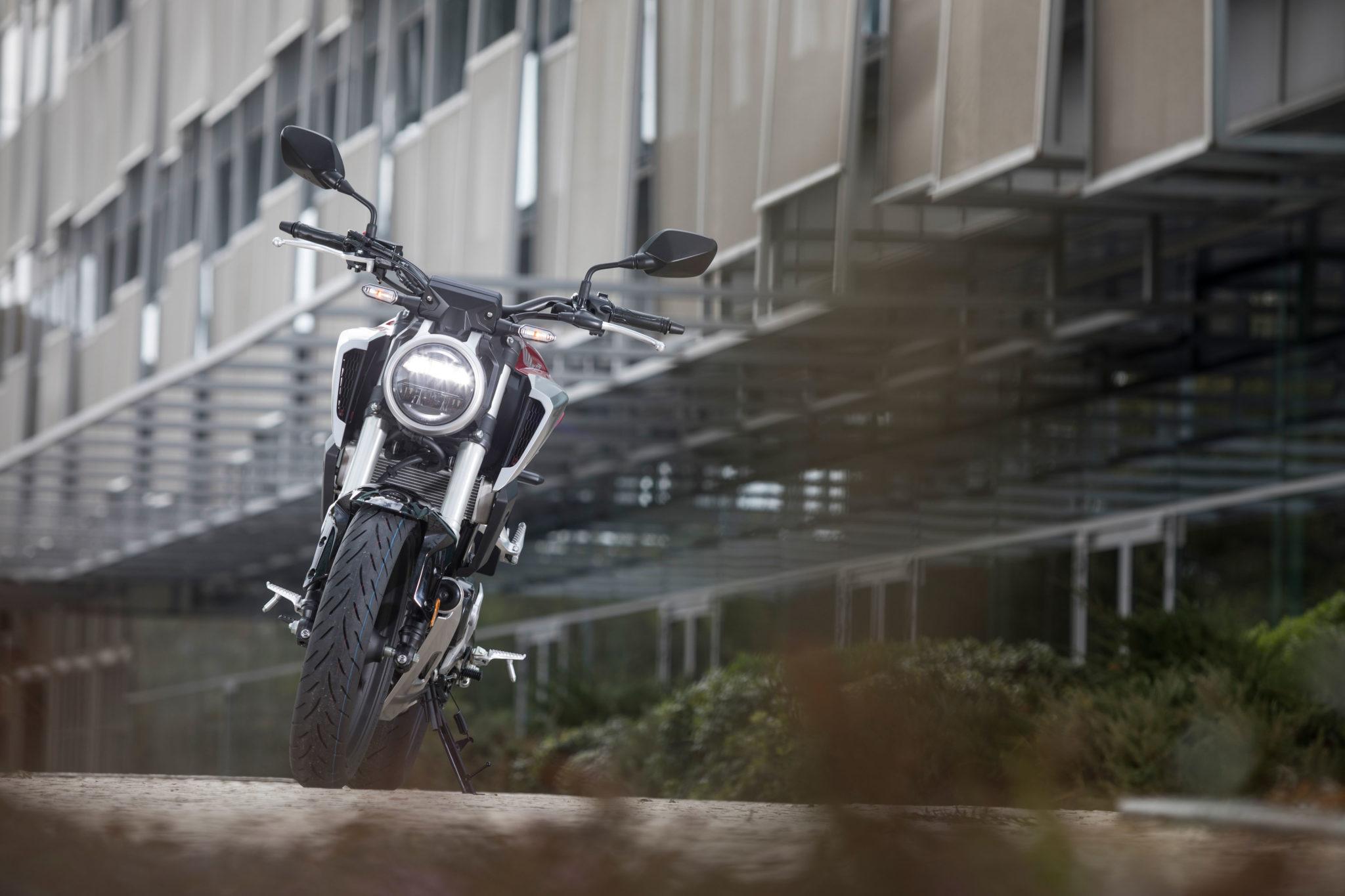 51128_Honda CB125R YM18 332
