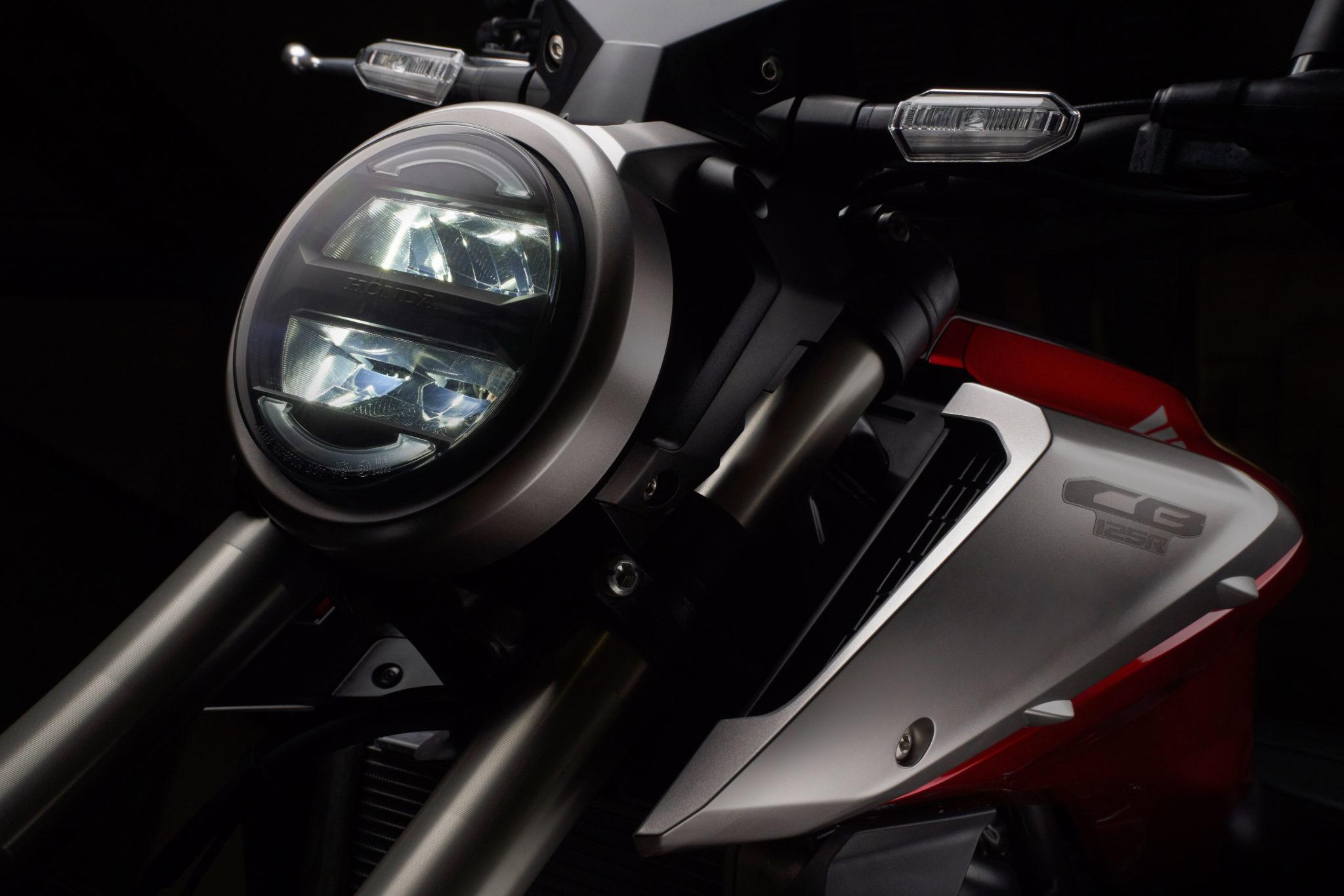 51138_Honda CB125R YM18 347