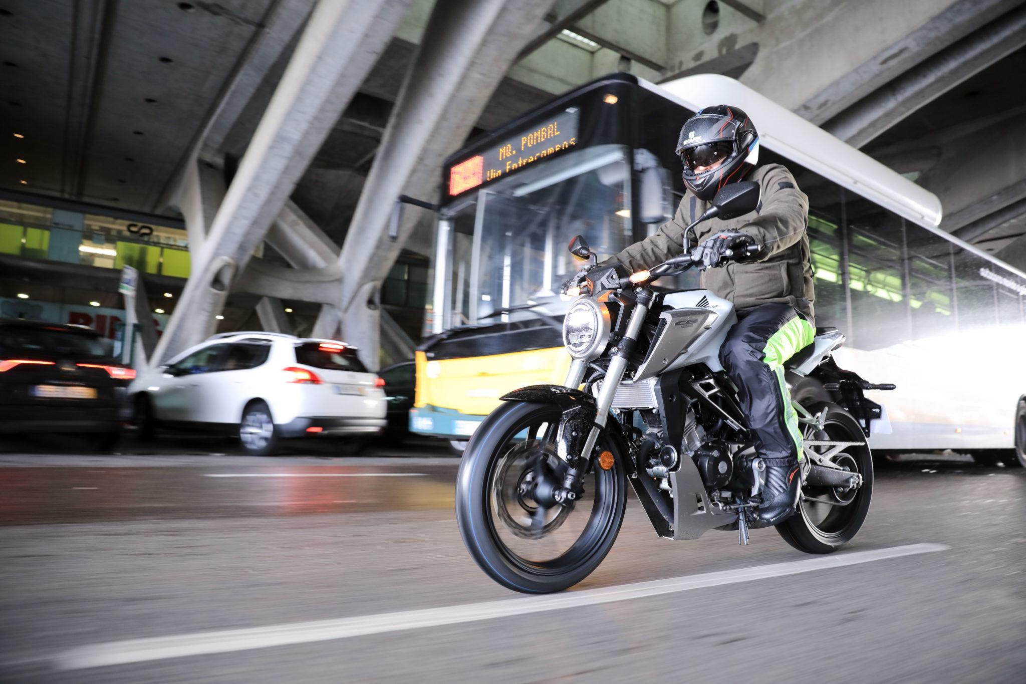 51204_Honda CB125R YM18 5004