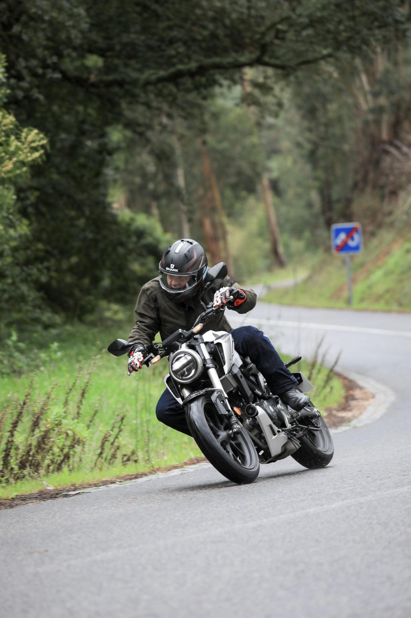 51212_Honda CB125R YM18 5012