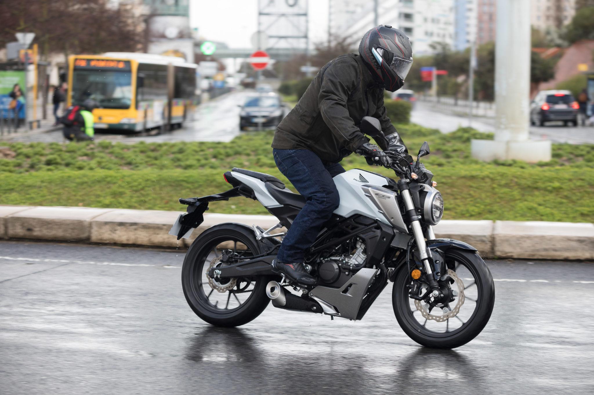 51492_Honda CB125R YM18_1059
