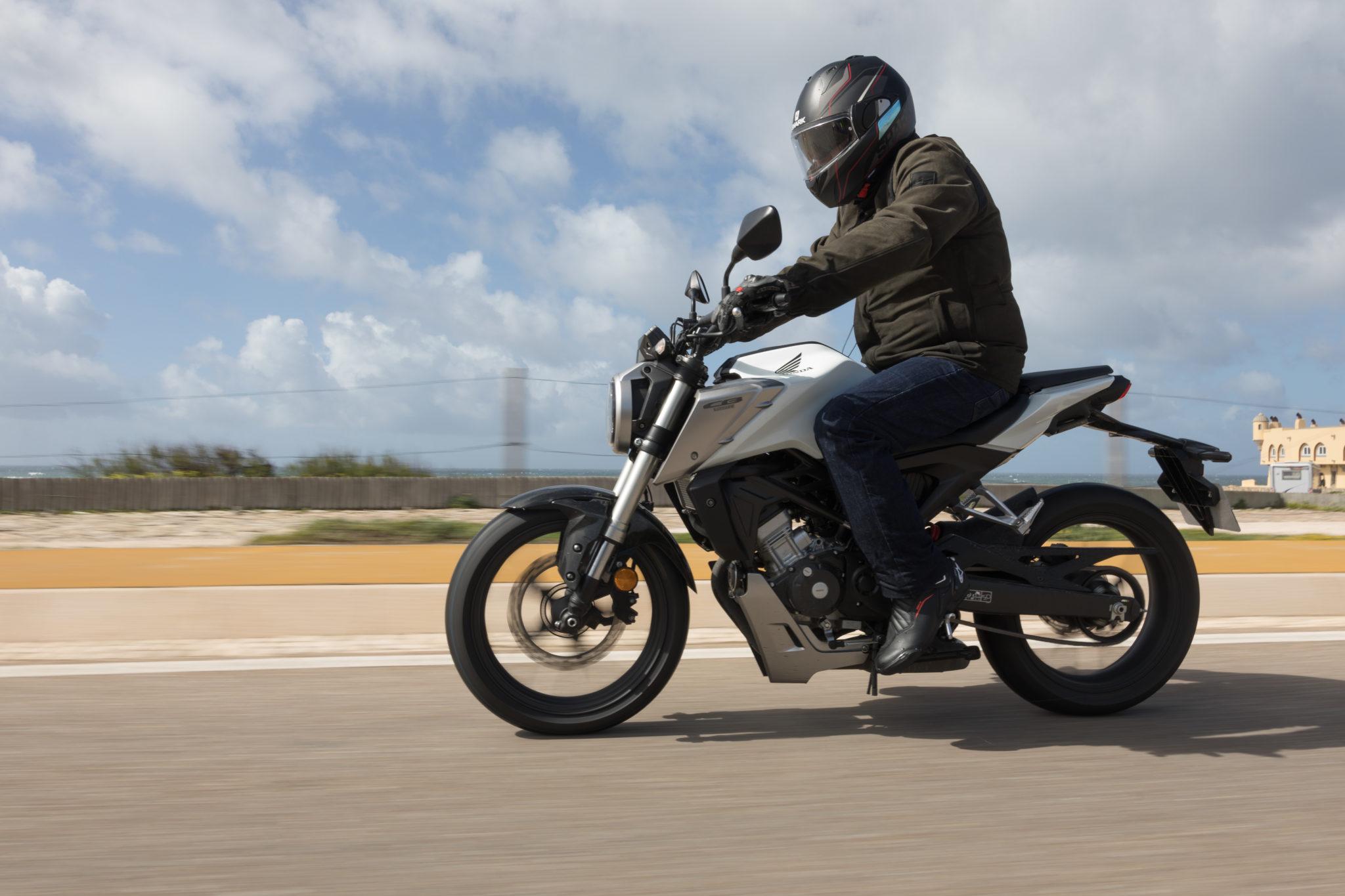 51495_Honda CB125R YM18_1061