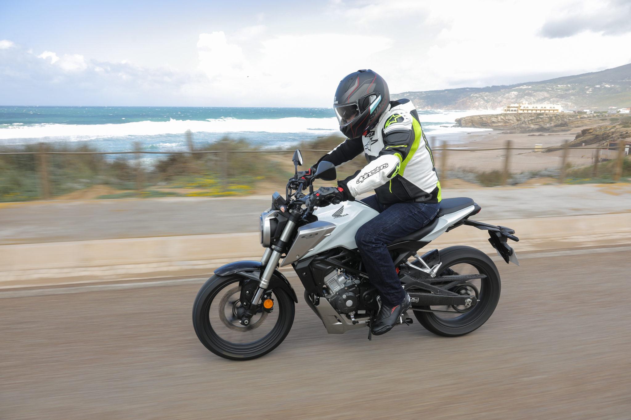 51505_Honda CB125R YM18_1071