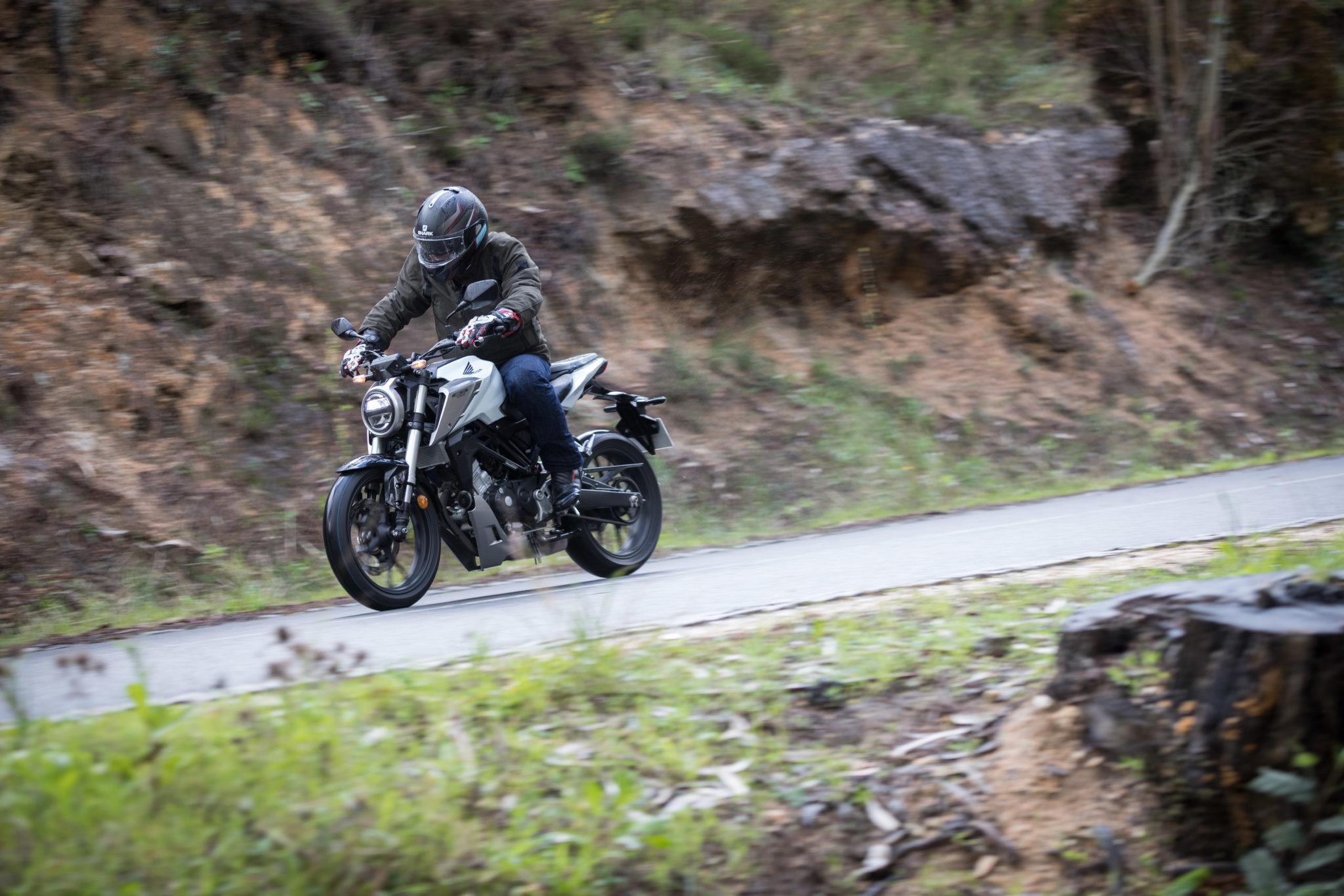 51513_Honda CB125R YM18_1079