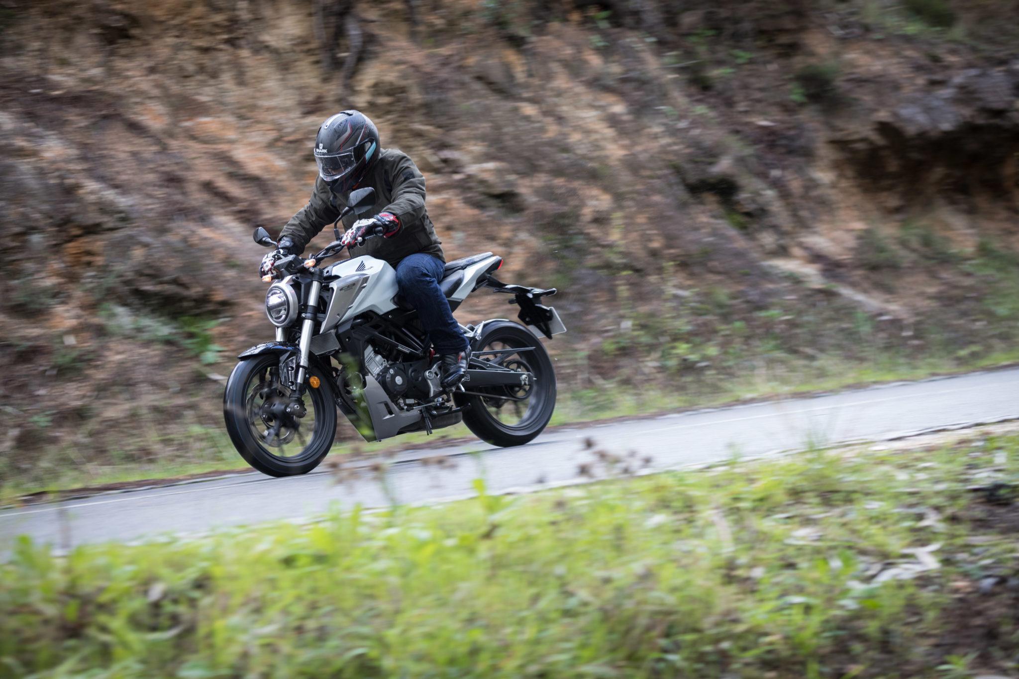 51515_Honda CB125R YM18_1080