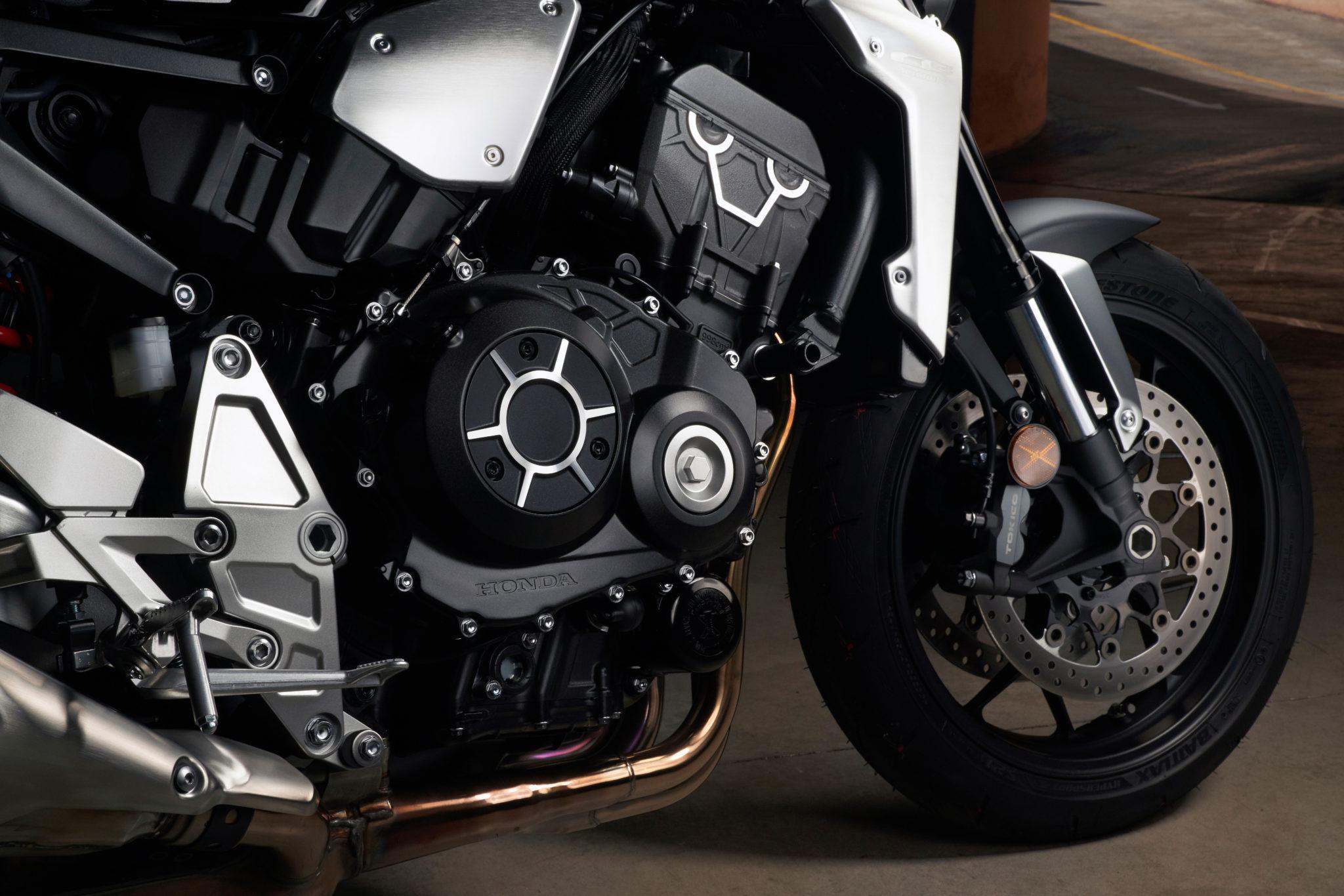 55075_Honda CB1000R YM18 130