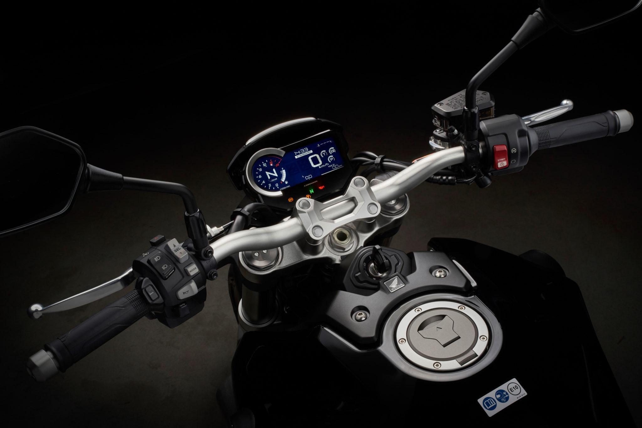 55126_Honda CB1000R YM18 160