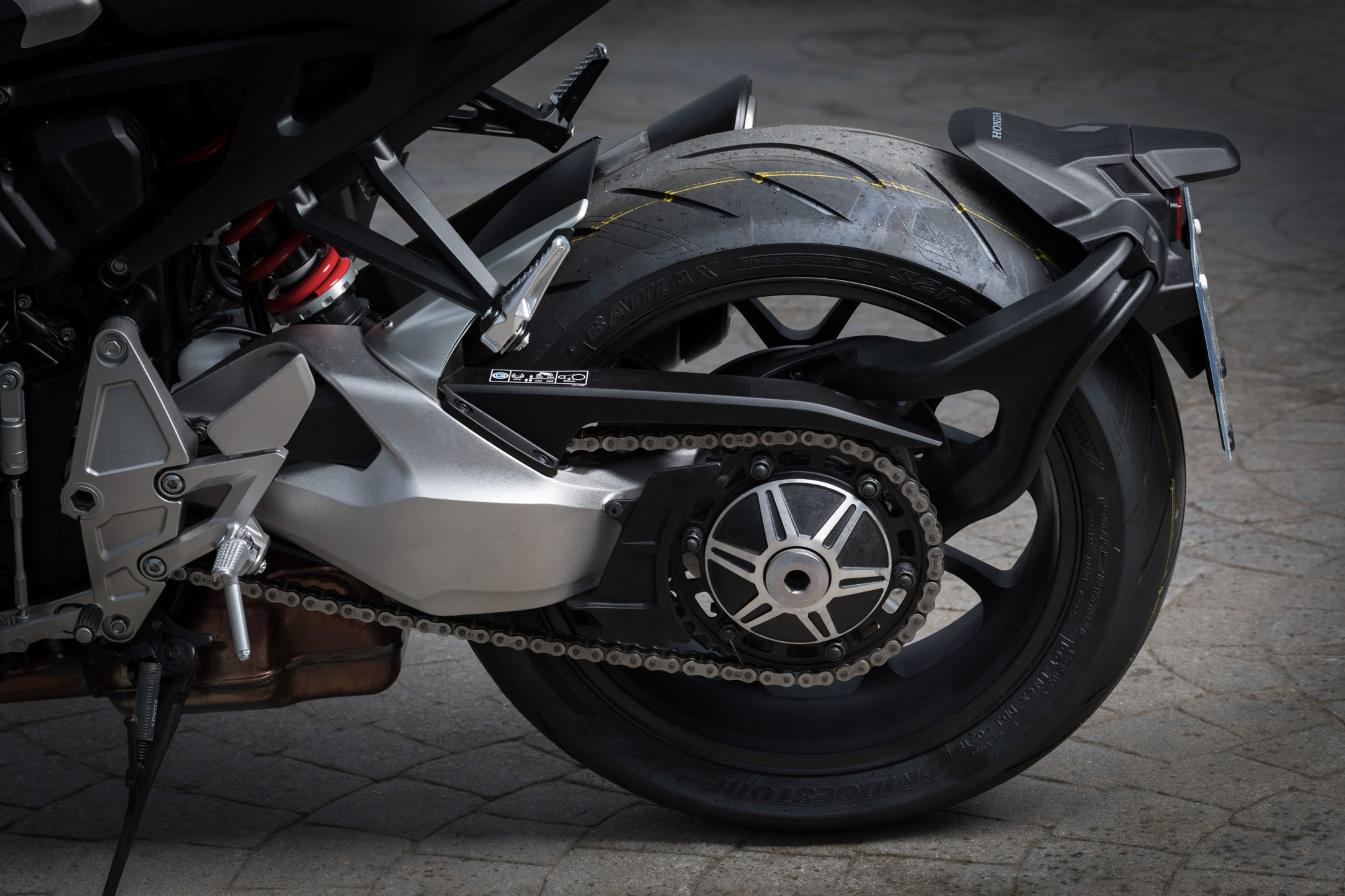 55180_Honda CB1000R YM18 185